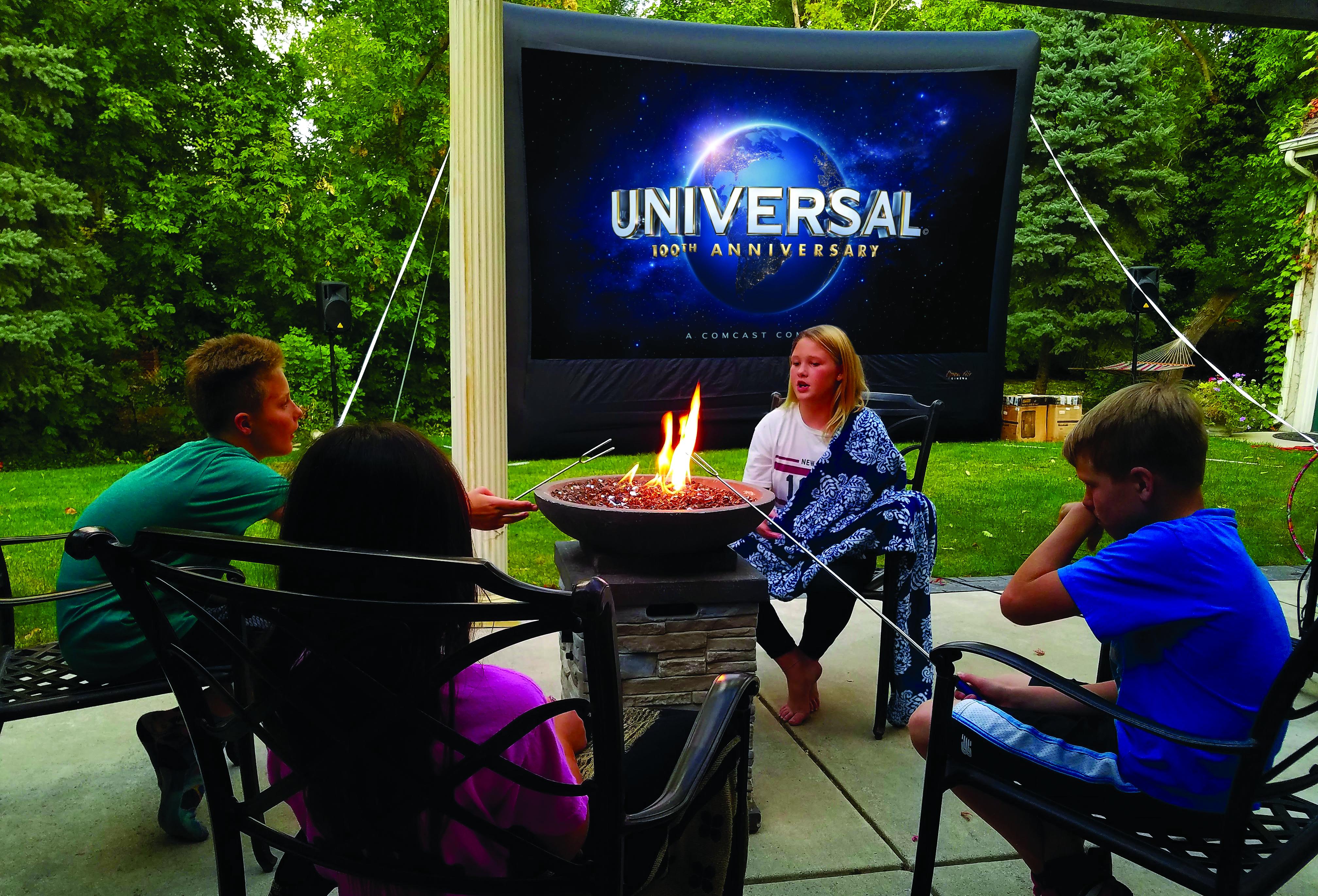 Outdoor Theater Screen | Utah Family Reunion Activity - Utah's Best Vacation Rentals