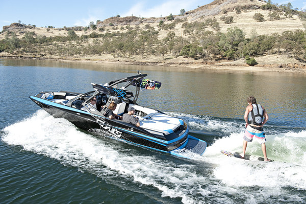 Boating | Utah Family Reunion Activity - Utah's Best Vacation Rentals