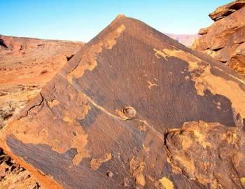 Anasazi Ridge Petroglyphs - Utah's Best Vacation Rentals